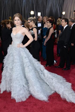 Amy Adams, in Oscar de la Renta,