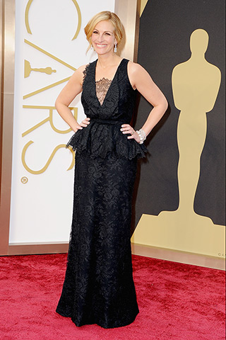 Julia Roberts, in Givenchy Haute Couture