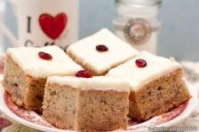 Tējtasītes receptes - Banānu kūka ar krēmsiera glazūru