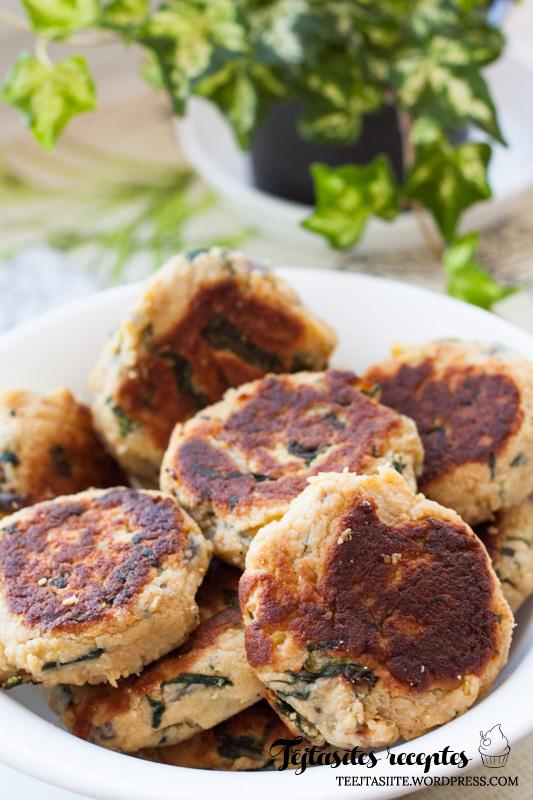 Ātri un vienkārši pagatavojamas veģetārās kartupeļu kotletes ar spinātiem
