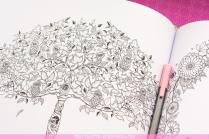 Krāsojamā grāmata pieaugušajiem. Džoanna Basforda - Pasakainais dārzs (Secret Garden) - koks