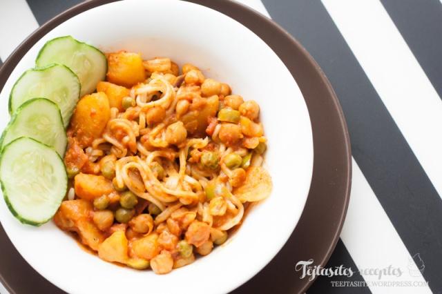 Veģetārais kartupeļu karijs ar turku zirņiem | Tējtasītes receptes